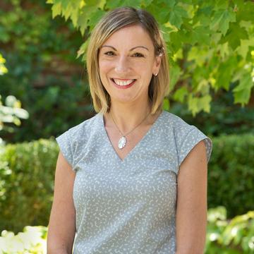 Helen Haratsis - Office Coordinator